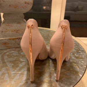 Ted Baker Pink Pump with Rose Gold Trim